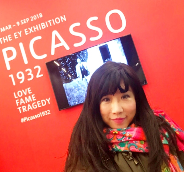3.front of Picasso展